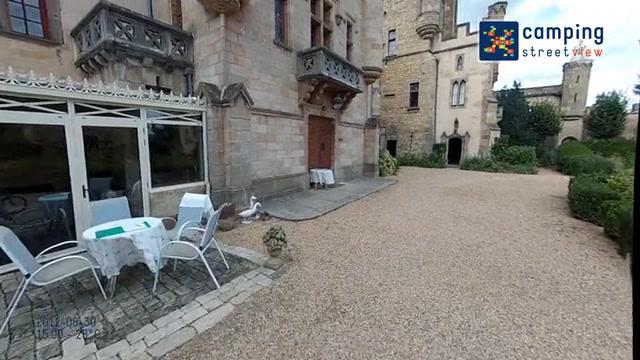 Château Camping La Grange Fort Les Pradeaux Auvergne France